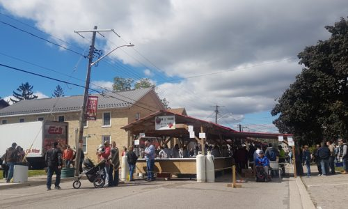 VIDEO: Big crowd enjoys live music, tasty treats at Apple Butter and Cheese Festival